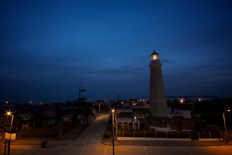 The lighthouse of Punta del Este at dusk
