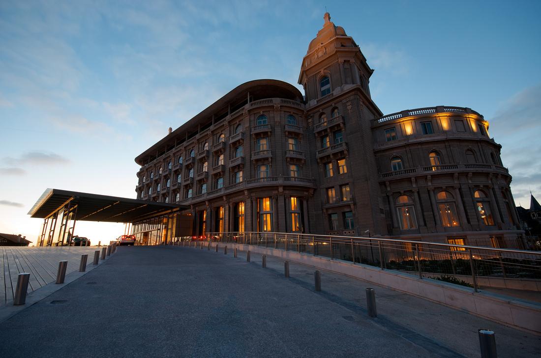 Hotel Sofitel Carraso at dusk.